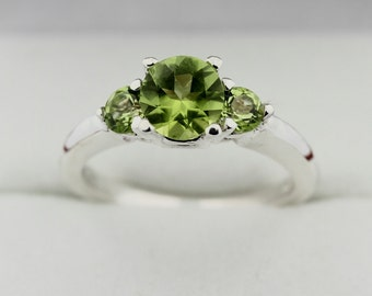 3 Stones 1.25 cts  Natural Green Peridot Solid 14K White Gold Ring