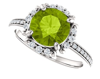 Natural  8mm Round Green Peridot Solid 14K White Gold Diamond engagement  Halo Ring