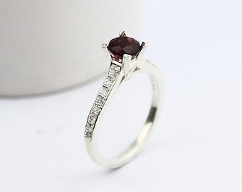 Natural Red SPESSARTITE GARNET Solid 14K White Gold Diamond Ring