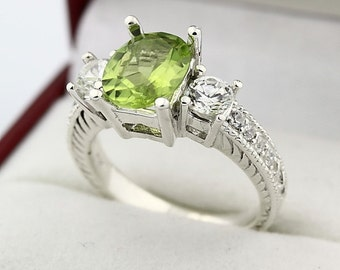 Natural Green Peridot Solid 14K White Gold Diamond Ring