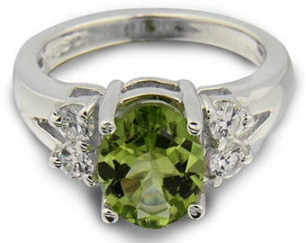 Gorgeours 1.98 Cts  9x7mm Green  Peridot 14K White Gold Diamond Ring