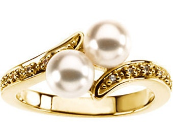 6mm Round Freshwater Cultured Pearl and  Diamond Ring ---- 14k Yellow Gold/White gold selectable ST7527