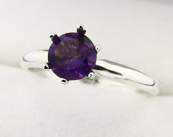 Natura VS purple Amethyst Solid 14K White Gold Diamond Ring