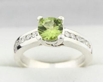 Natural Green Peridot Solid 14K White Gold Diamond Ring