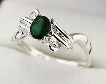 Natural Chrome Green Tourmaline Solid 14K White Gold Diamond Ring