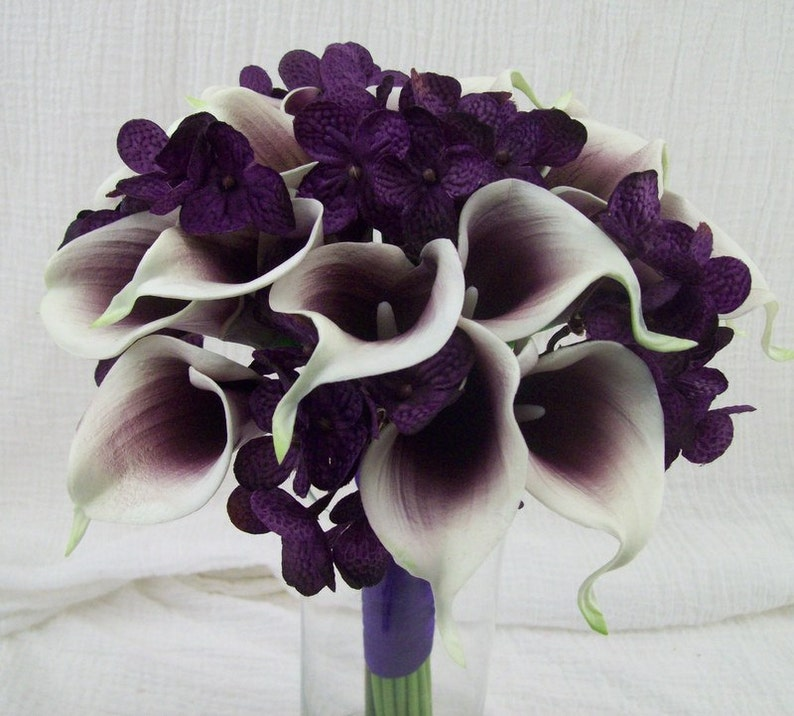 Real Touch Purple And White Picasso Calla Lily Silk Wedding Flower Bouquets Bride And Groom Flowers Coordinaitng Pieces Wedding Decor