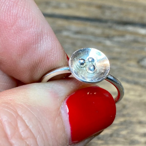 Delicate Birds Nest Ring in sterling silver - size 7