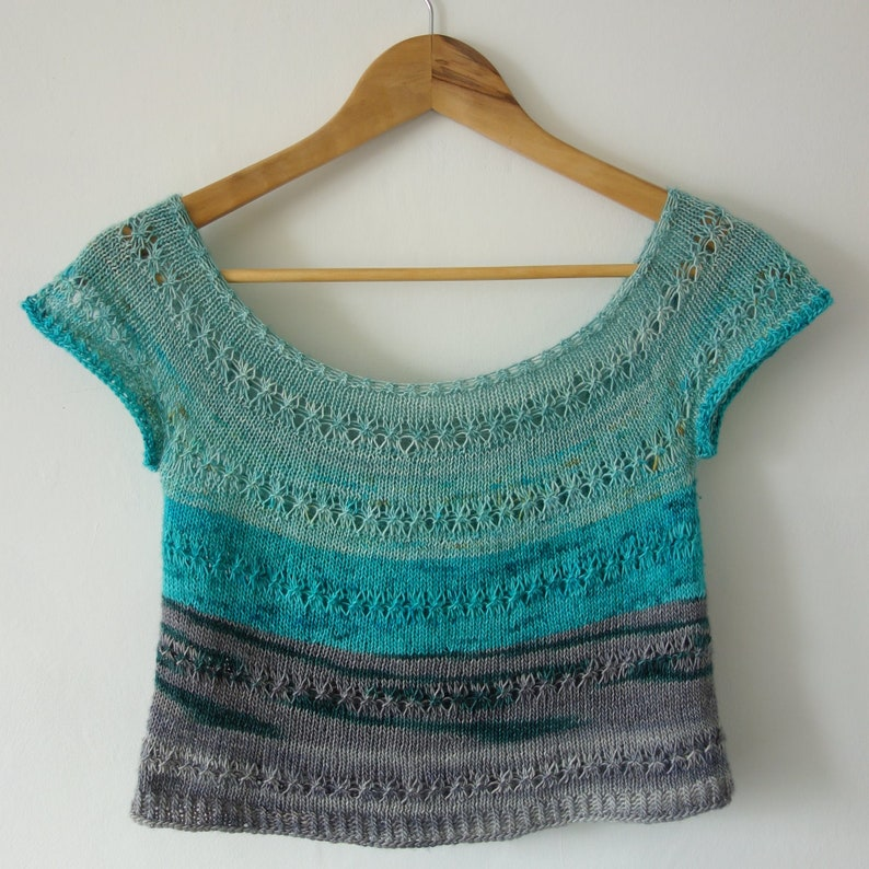 PATTERN cropped tee knitting pattern / lace crop top handknit image 0