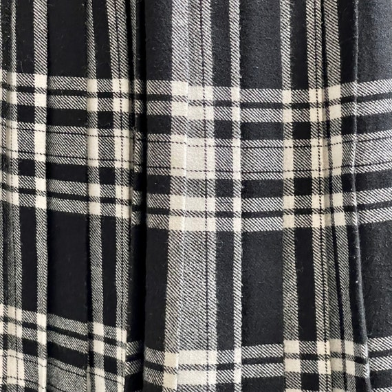 Black and White Tartan-Check Pleated Wool Skirt - image 8