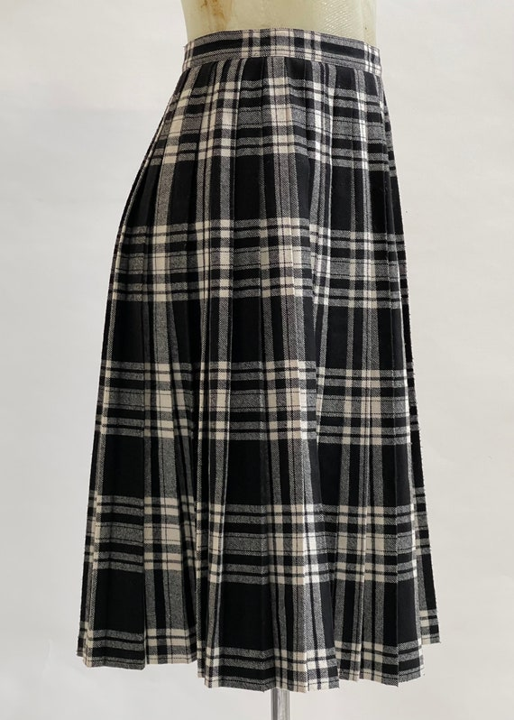 Black and White Tartan-Check Pleated Wool Skirt - image 2