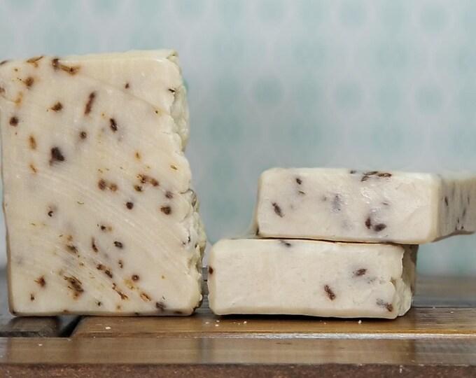 Lilah's Castille Soap (Lavender Olive Oil) --  Palm Free, All-Natural, Handmade, Barely Scented, Vegan, Lavender Soap - Free Shipping