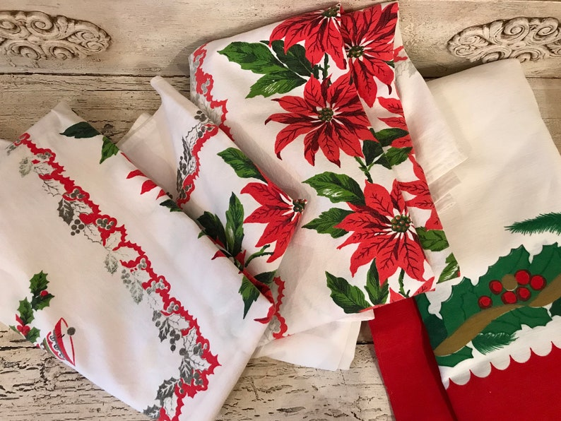 Christmas Tablecloths.3 Vintage Retro Christmas Tablecloths 3 Poinsettia Tablecloths