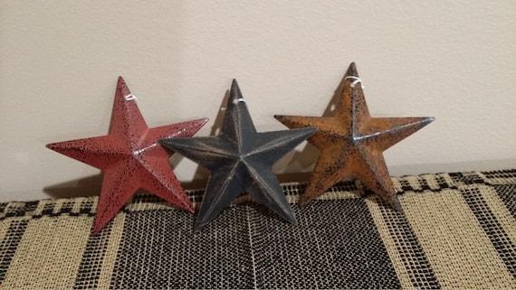 "Rusty Set of 4 Metal 3.5/"" Barn Stars Burgundy Mustard Ornaments Black"