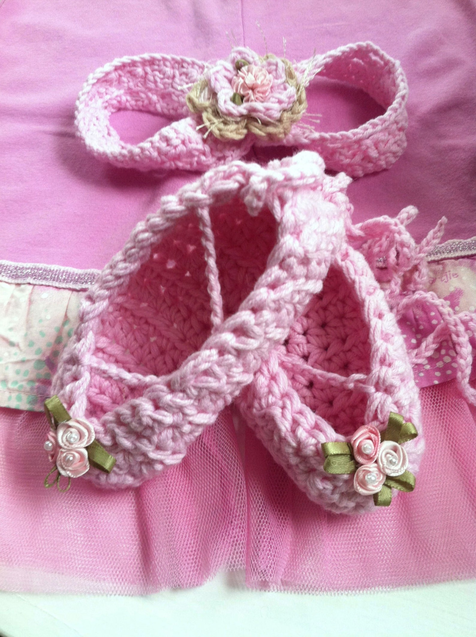 crochet pattern,baby girls ballet slippers,ballet,shoes,booties,headband,lace,gift set,crochet,girls,toddlers,ballet slippers, y