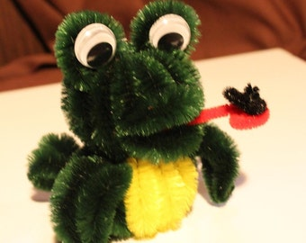 Chenille Frog - Dark Green