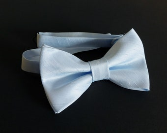 Solid Egg Shell Mens Pre-Tied Bow Tie