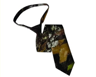 Camo tie.  Mossy Oak break up cotton camo neck tie camouflage tie