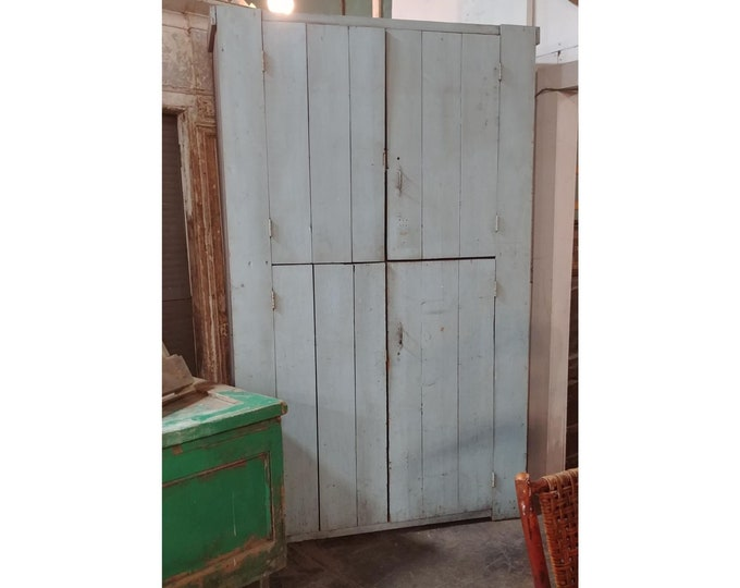1860'S Four-Door Massachusetts Cupboard Original Color - 185068