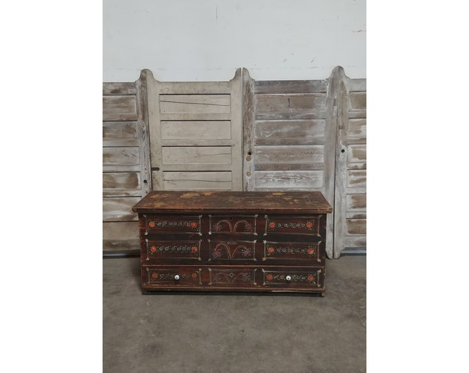 EARLY 1800'S TRUNK # 185959