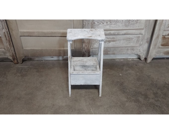 Early White Washed Step Stool # 186090