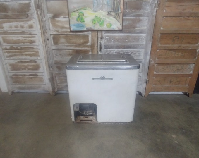 Vintage Ice Cream Cooler # 183767