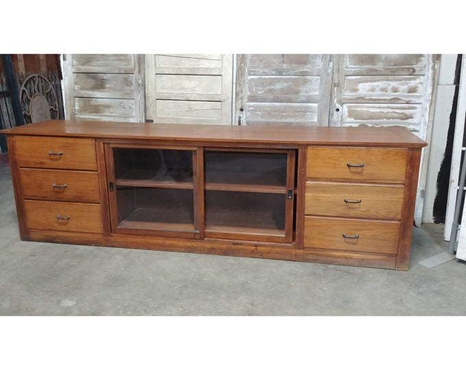 1890'S Counter With Sliding Glass Doors # 185470