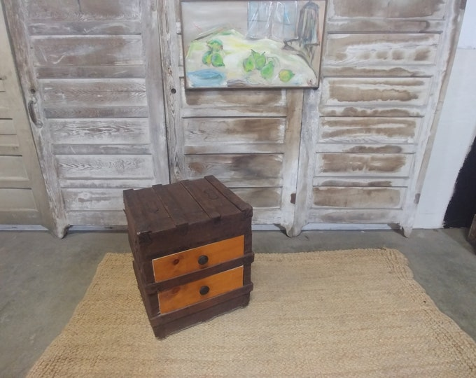 Unique 1890's Steamer Trunk End Table # 182991