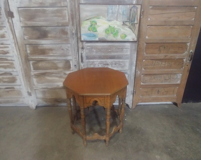 1940'S OCTAGON TABLE # 184238