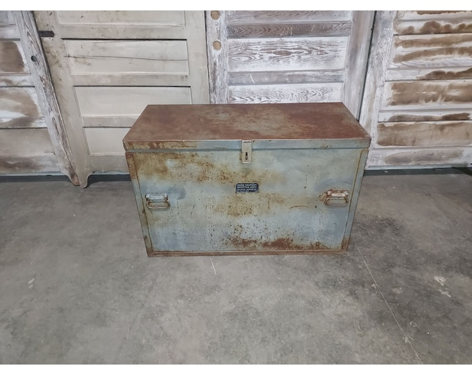 World War Two Metal Divers Trunk # 186203
