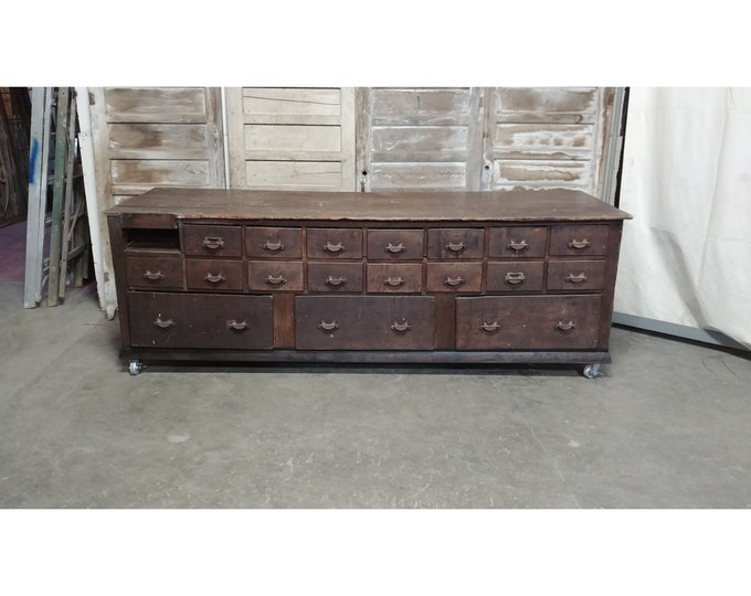 1860'S 18 DRAWER COUNTER # 185558