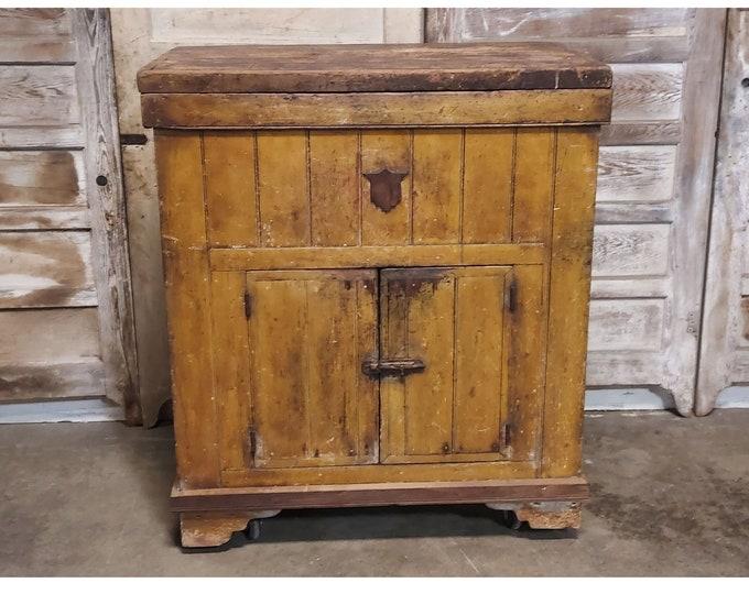 UNUSUAL 1860'S ICE BOX # 186188