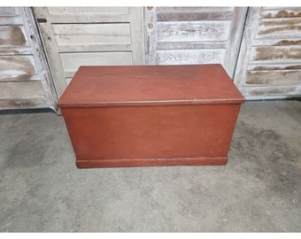 MID 1800'S TRUNK # 186408