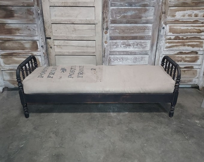 1860,s DAY BED # 186396