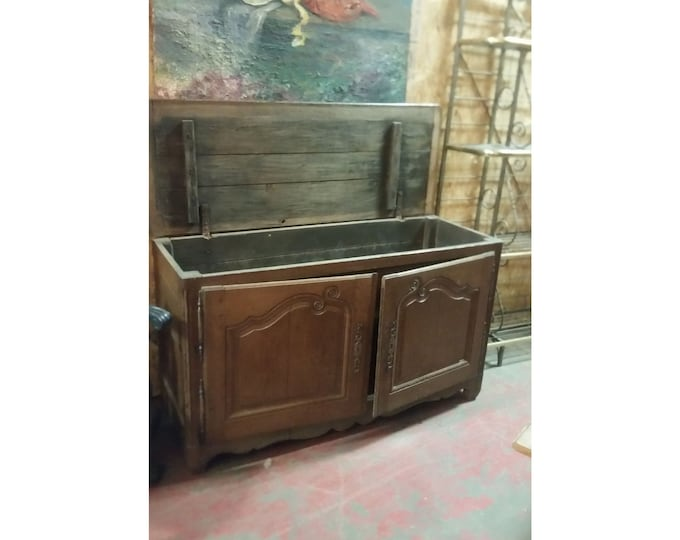 Early 1800's French Blanket Chest # 180394