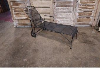 1950's Iron And Mesh Chaise # 186703