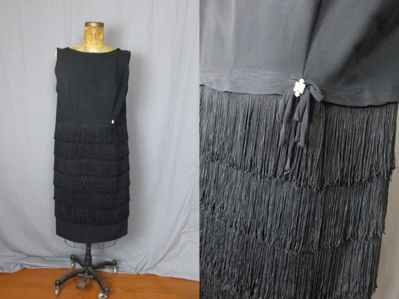 Sleeveless Black Fringe Dress / 60's / large / coc