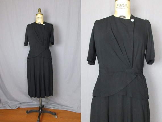 Black Short Sleeve Dress with Pearlescent Buttons