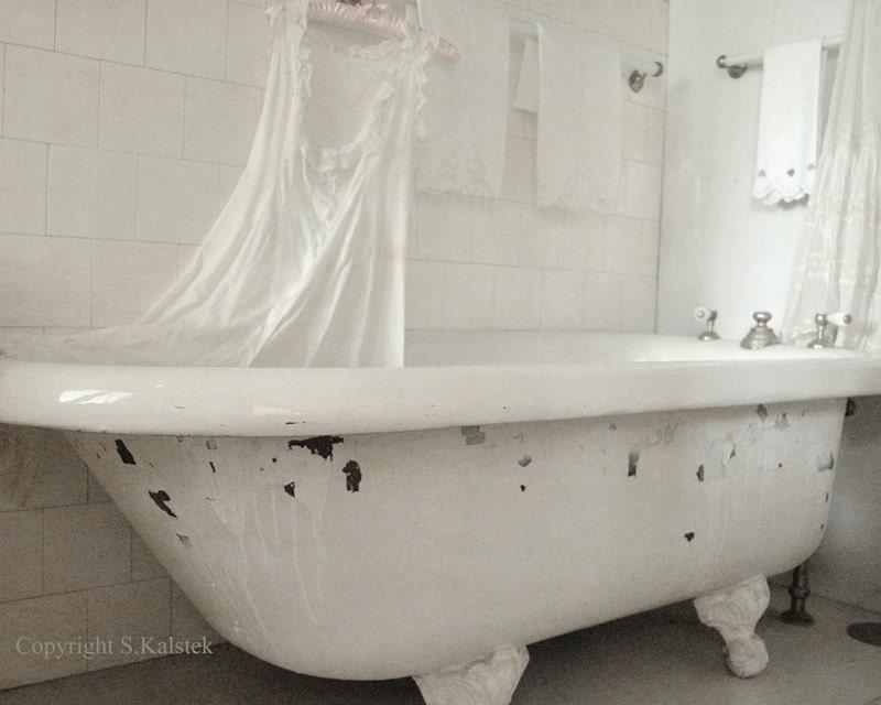 Victorian Bathtub Art Photograh Soft Ivory White Claw foot Tub | Etsy