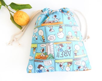 Small Drawstring Bag - Puppy and Friends