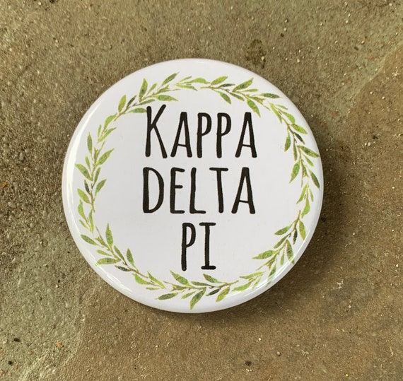 Kappa Delta Pi Button with Green Wreath