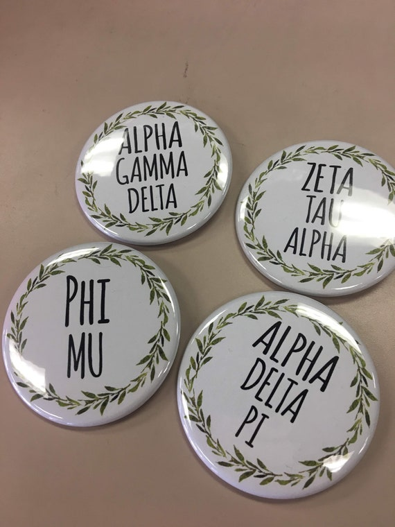 Sorority Button with Green Wreath
