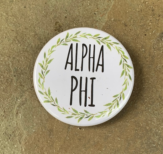 Alpha Phi Button with Green Wreath