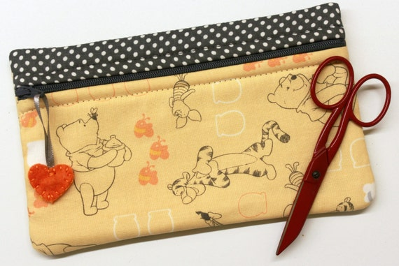 Side Kick Pooh and Friends Bag