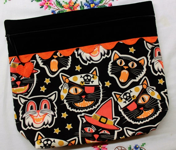 Big Bottom Bag Vintage Frightful Cats Cross Stitch Project Bag