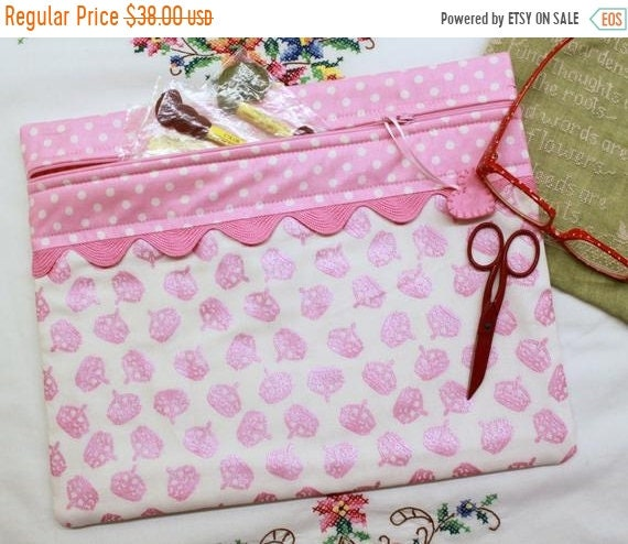SALE Stitching Queen Pink Crowns Cross Stitch Project Bag