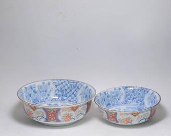 Vintage Signed Japanese Imari Blue and White Peony Floral Porcelain Noodle Bowls, Imari Porcelain Raman Bowls, Imari Floral Porcelain Bowls