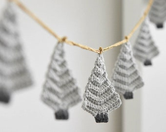 PATTERN - Christmas tree garland - crochet pattern, home decoration, crochet ornament, gift wrapping, DIY, 5 languages