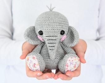 Amazon uk free audiobook download Cuddly Amigurumi Toys: 15 New Croch…   270x340