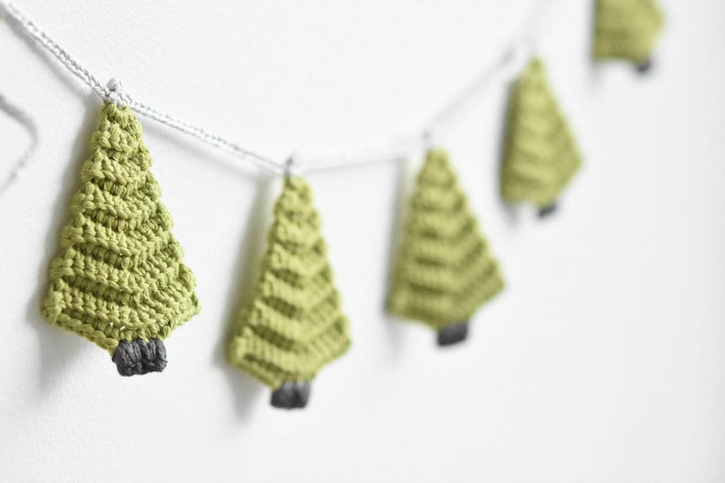 Pattern Christmas Tree Garland Crochet Pattern Home Decoration Crochet Ornament Gift Wrapping Diy 4 Languages