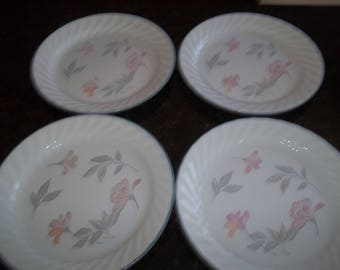 """4 Corelle Pink Trio Salad Plates  9"""" Made in the USA"""